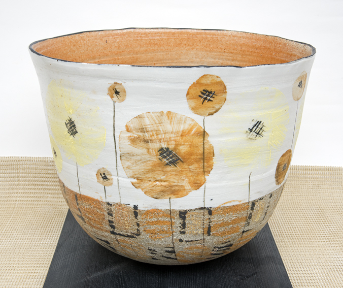 hanne westergaard, pottery, wild flower vessel, wildflower ceramics, vessel, handmade ceramics, flower pot
